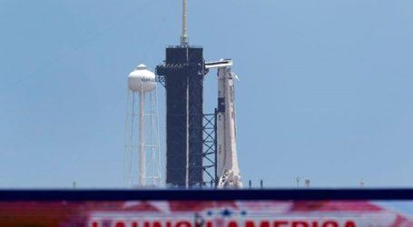 Αντίστροφη μέτρηση για την πρώτη επανδρωμένη πτήση της SpaceX