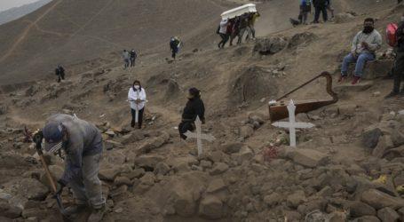 141 νέοι θάνατοι και 7.386 νέα κρούσματα στο Περού