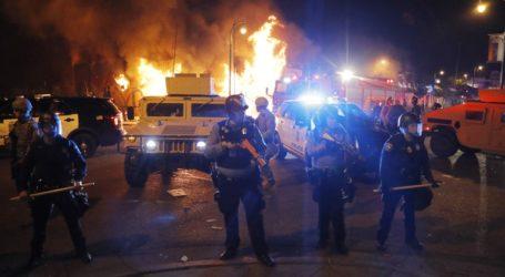 Συγκρούσεις αστυνομίας και διαδηλωτών στη Μινεάπολη