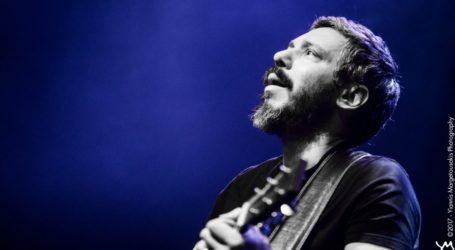 Βόλος: Πασίγνωστος Έλληνας τραγουδιστής συμμετέχει στους αγώνες για το νερό του Πηλίου [βίντεο]