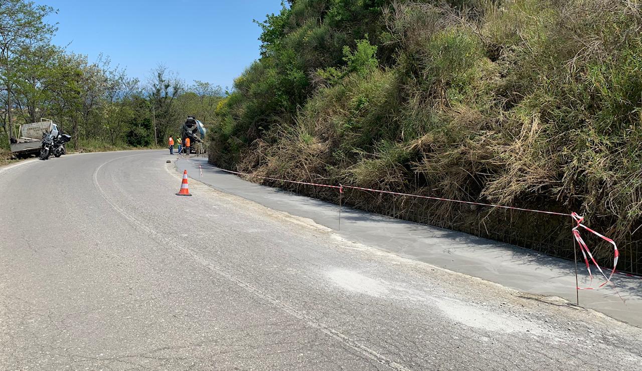 Βελτιώνεται η επαρχιακή οδόςπου συνδέει τη Λάρισα με τα παράλια της Αγιάς