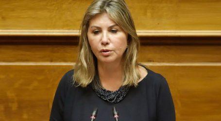 Η Ζέττα Μακρή ζητεί αναλυτικό και ακριβές σχέδιο άρσης των περιοριστικών μέτρων κατά του κορωνοϊού για τα εποχικά τουριστικά καταλύματα