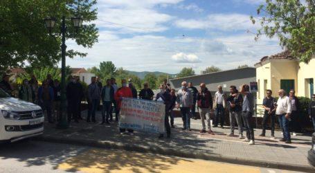Συγκέντρωσαν υπογραφές οι αγροτοκτηνοτροφικοί σύλλογοι Ελασσόνας για το θέμα με τα τέλη άρδευσης