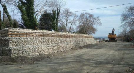 Αντιπλημμυρικά έργα ύψους 1,6 εκατ. ευρώ σε εξέλιξη από την Περιφέρεια στα παράλια του Δήμου Αγιάς