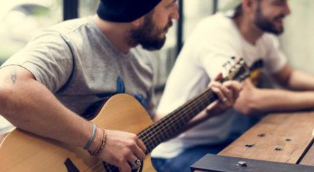 Συγκέντρωση διαμαρτυρίας των επαγγελματιών μουσικών του Βόλου
