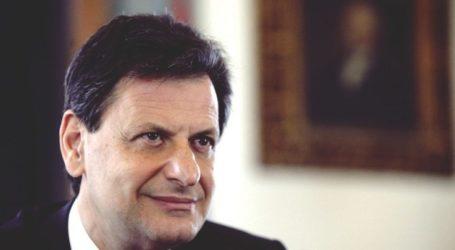 Ο υφυπουργός Δημοσιονομικής Πολιτικής Θεοδ. Σκυλακάκης στην αποψινή εκπομπή Politics με τον Ανδρέα Γιουρμετάκη