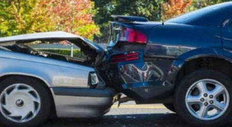 Σύγκρουση αυτοκινήτων στη Λάρισα – Λιποθύμησε ο ένας οδηγός