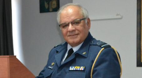 Δημήτρης Χατζηγεωργίου: Ο υποπτέραρχος που γεννήθηκε στη Λάρισα και ανέλαβε για σήμερα τα καθήκοντα του Σ. Τσιόδρα