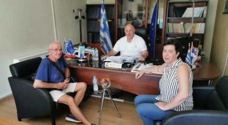 Ο Δήμαρχος Ρήγα Φεραίου για τα ζητήματα των αχλαδοπαραγωγών