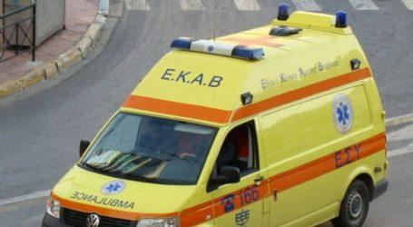 ΤΩΡΑ: Τροχαίο ατύχημα στον Βόλο – Δύο τραυματίες