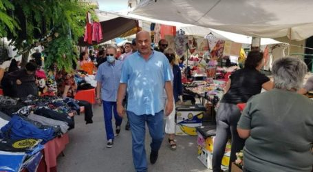 Στη λαϊκή αγορά ρούχων ο Αχιλλέας Μπέος – Αυτοψία για τα μέτρα προστασίας [εικόνες]