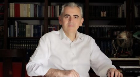 Ο Μάξιμος Χαρακόπουλος στο Sputnik για τα σχέδια μετατροπής της Αγίας Σοφίας σε τζαμί