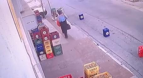 Βόλος: Μπήκε σε μαγαζί για να κάνει τηλεφώνημα και έκλεψε ταμειακή μηχανή! [εικόνα]