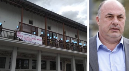 Απάντηση Μπέου σε αντιεξουσιαστές: Βρωμίσατε το δημαρχείο – Σας περιμένω [βίντεο]