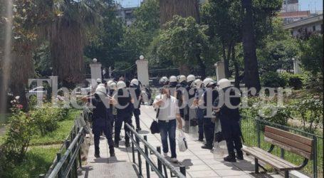 Επεισόδια ΑΓΕΤ: Αναβολή έλαβε ο κατηγορούμενος