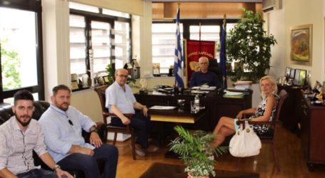 Λάρισα: Συνάντηση δημάρχου με επικεφαλής παρατάξεων για παζάρι και Πάρκο των Ευχών – Προσεχώς οι αποφάσεις