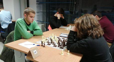 Θριάμβευσαν οι σκακιστές της Μαγνησίας σε μαθητικούς αγώνες