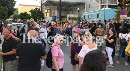 Τώρα: Σε εξέλιξη το συλλαλητήριο κατά της καύσης σκουπιδιών