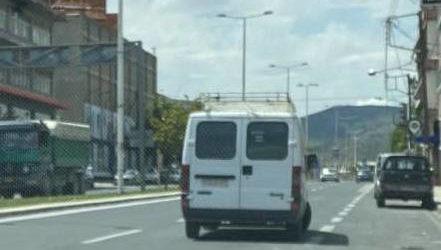 Επικό παρκάρισμα Βολιώτη στην οδό Λαρίσης