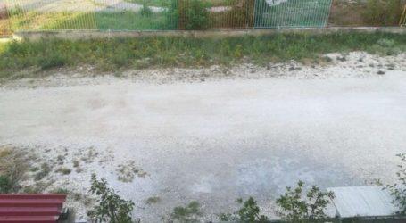 Έκκληση προς τον Δήμο Τυρνάβου για τον χωματόδρομο στο 3ο Δημοτικό Σχολείο