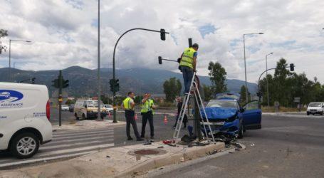 ΤΩΡΑ: Τροχαίο ατύχημα στον περιφερειακό του Βόλου