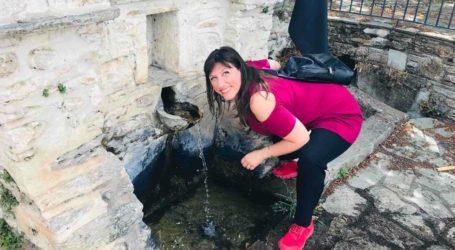 Σταγιάτες: Νερό από την πηγή ήπιε η Ζωή Κωνσταντοπούλου [εικόνες]
