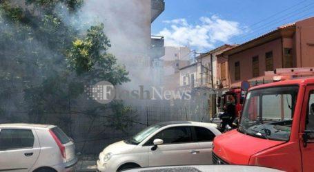 Φωτιά προκάλεσε μεγάλη αναστάτωση στο κέντρο της πόλης