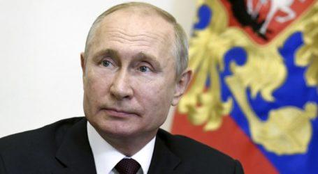Η κατάσταση με τον κορωνοϊό στη Ρωσία σταθεροποιείται και βελτιώνεται