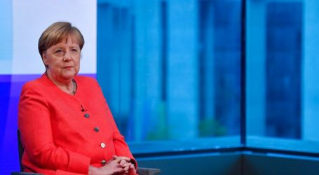Η Μέρκελ επαναλαμβάνει κατηγορηματικά ότι δεν θα διεκδικήσει νέα θητεία στην Καγκελαρία