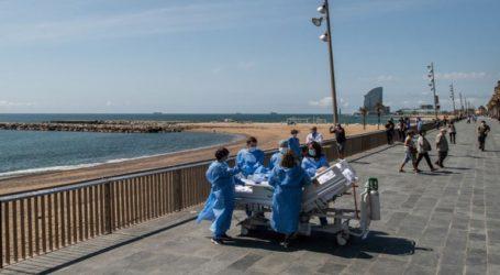 Νοσοκομείο μεταφέρει τους ασθενείς που αναρρώνουν από κορωνοϊό να δουν τη θάλασσα