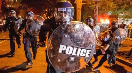 Καταδικάζεται η υπερβολική χρήση βίας και στρατιωτικών παρεμβάσεων ως απάντηση στις διαμαρτυρίες