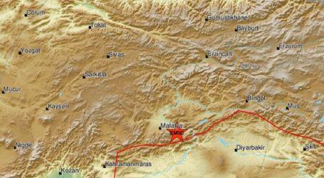 Ισχυρός σεισμός στην ανατολική Τουρκία