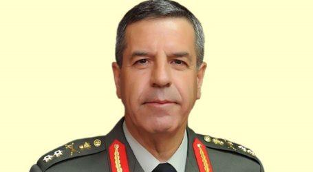 Διήμερη επίσκεψη του αρχηγού ΓΕΣ σε μονάδες σε Λάρισα και Τρίκαλα