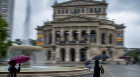 Συνελήφθησαν 11 ύποπτοι για σεξουαλική κακοποίηση πολλών παιδιών στη Γερμανία