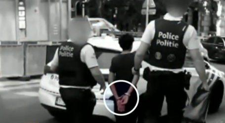 Βέλγοι αστυνομικοί πέρασαν χειροπέδες σε παιδιά για ένα πατίνι