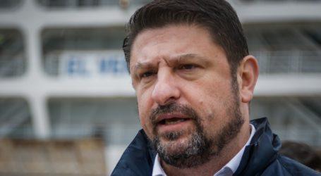 Γυναίκα μπουγέλωσε τον Νίκο Χαρδαλιά στη Θεσσαλονίκη και συνελήφθη