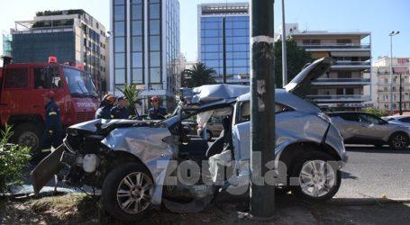 Σοβαρό τροχαίο ατύχημα στη λεωφόρο Συγγρού