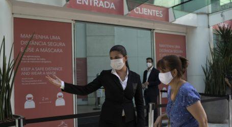 892 νέοι θάνατοι και 21.704 νέα κρούσματα στη Βραζιλία