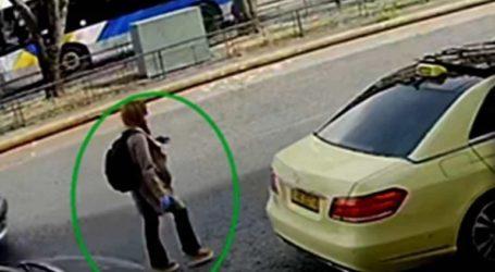 Παρίστανε την Ελληνοαμερικανίδα για να κλείσει ταξί