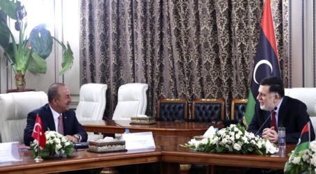 Λιβύη: Επίσκεψη Τσαβούσογλου στην Τρίπολη