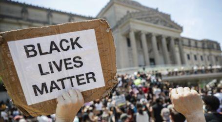 «Black Lives Matter» διακηρύσσει το Ευρωπαϊκό Κοινοβούλιο με ψήφισμά του