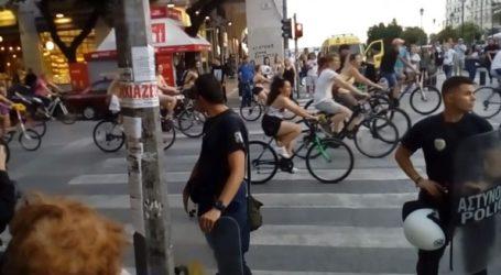 Αποδοκιμασίες κατά της γυμνής ποδηλατοδρομίας