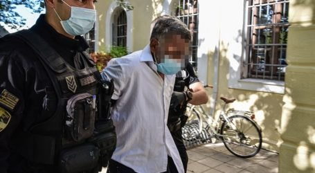 Ποινική δίωξη σε 40χρονο για τον ξυλοδαρμό ηλικιωμένης
