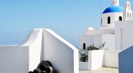 Γερμανοί τουρίστες αγοράζουν εξοχικά σε ελληνικά νησιά και αθηναϊκή Ριβιέρα