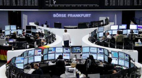 """Εντείνονται οι πιέσεις στις ευρωαγορές, """"βουτιά"""" 2,3% ο DAX"""