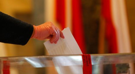 Οι πολίτες καλούνται να εκλέξουν πρόεδρο μόνο σε μία ψηφοφορία