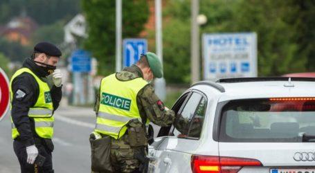 Οι Τσέχοι ανοίγουν και πάλι τα σύνορά τους για τους Πολωνούς και τους Βρετανούς