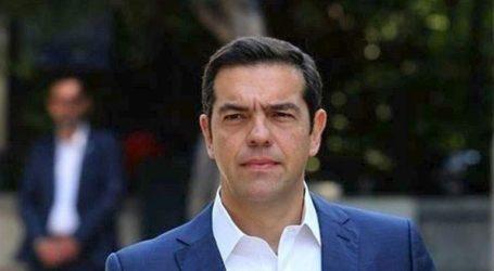 Ο κ. Μητσοτάκης πουλάει ηλιοβασιλέματα, την ώρα που ο τουρισμός μπαίνει σε πολύ βαθύ σκοτάδι