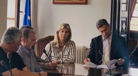 Επίσκεψη του αντιπροέδρου του ΕΛΓΑ συνοδεία και της Ζέττας Μακρή, στη Ζαγορά για την εκτίμηση των ζημιών από τις χαλαζοπτώσεις