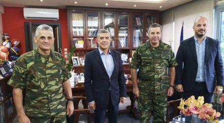 Επίσκεψη του Αρχηγού ΓΕΣ Χαράλαμπου Λαλούση στον Περιφερειάρχη Θεσσαλίας